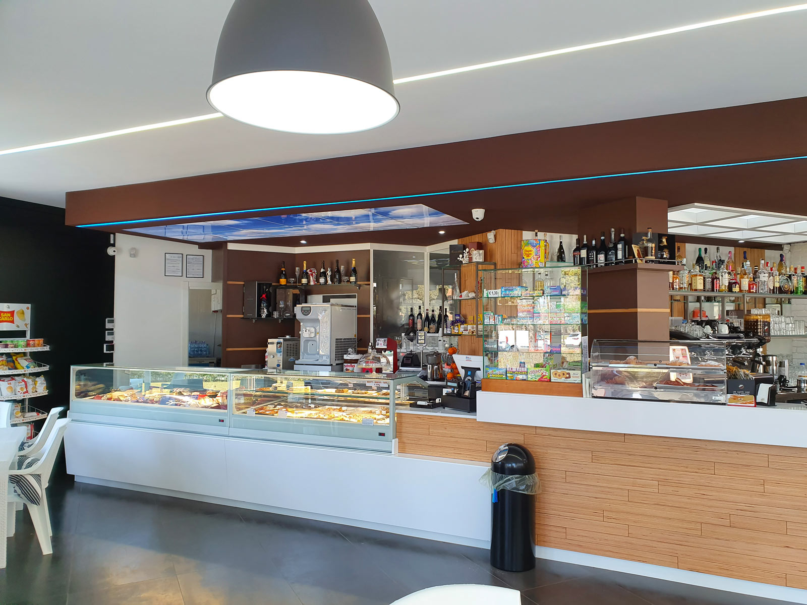 Bar-Pineto1